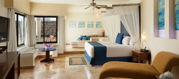 Azul Beach Accommodations - Azul Suites