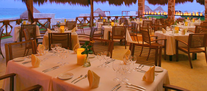 Azul Beach Dining - Blue International Restaurant