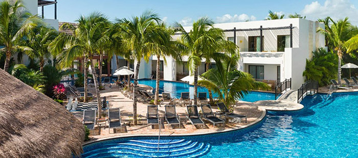 Azul Beach Accommodations - Jacuzzi Swim Up Junior Suites